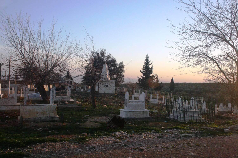 Êzîdî village cemetery Gundê Faqîra, February 2, 2015