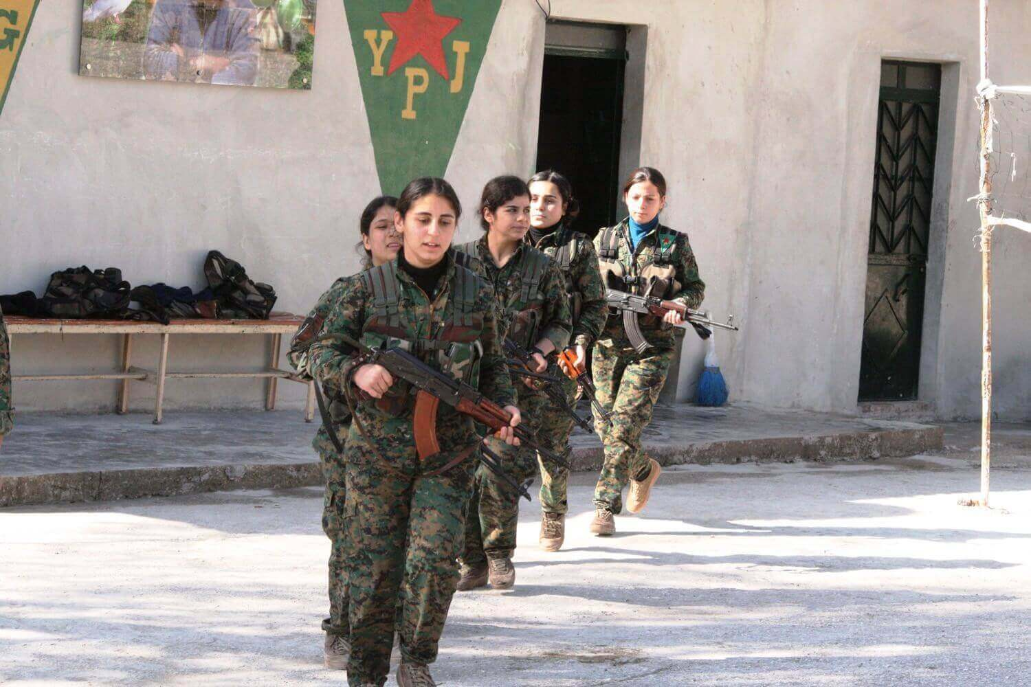 YPJ-Camp in the village of Katma Cantone Efrîn, February 3, 2015
