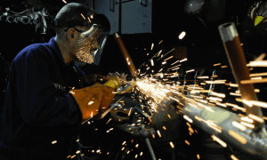 Metaller-Lohnverhandlungen - Nach Rekorddividende wollen auch Arbeitnehmer ihren Anteil