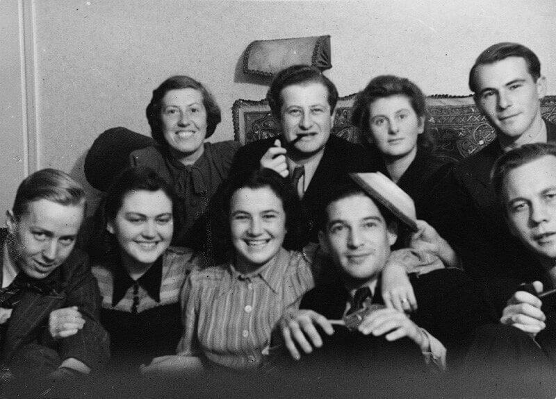 Bruno Kreisky mit Familienangehörigen in Schweden (Artikel: Bruno Kreisky Biografie)