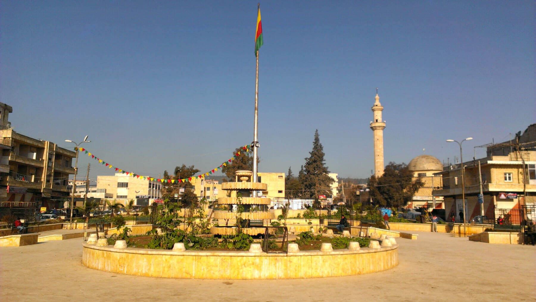 Die Stadt Afrin ist seit 2012 durch Intern Vertriebene aus anderen Teilen Syriens stark gewachsen. (Foto: Thomas Schmidinger)