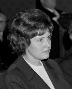 Johanna Dohnal bei ihrer Angelobung als Gemeinderätin (5. Juli 1973) CC BY-NC-ND 4.0