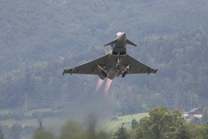 Karl-Heinz Grasser untersützte scheinbar den Eurofighter Deal von Anfang an.