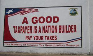 Werbung fürs Steuernzahlen in Liberia