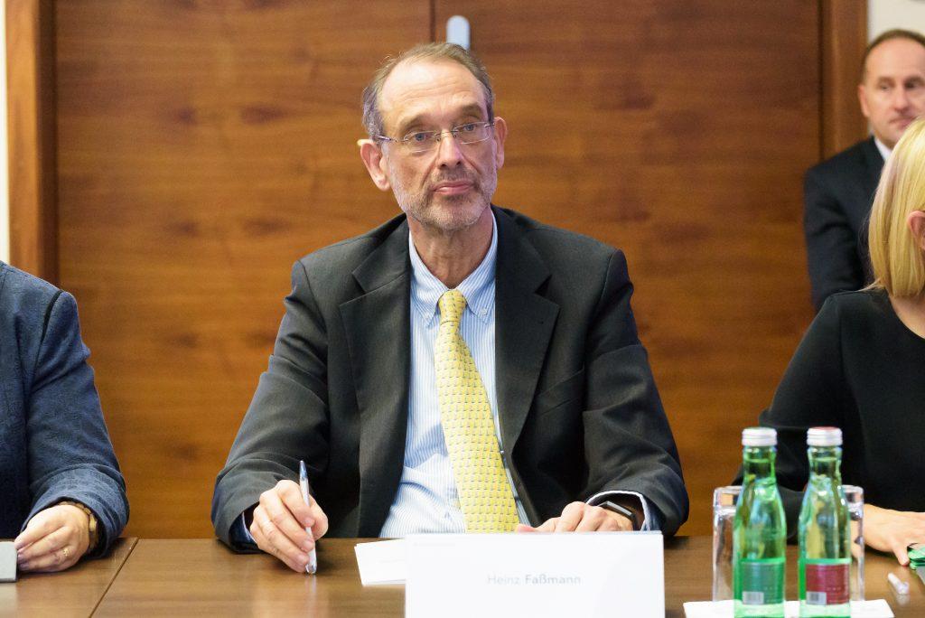 Heinz Faßmann sagt nichts zur Öffnung des Kindergarten in Coronavirus Krise