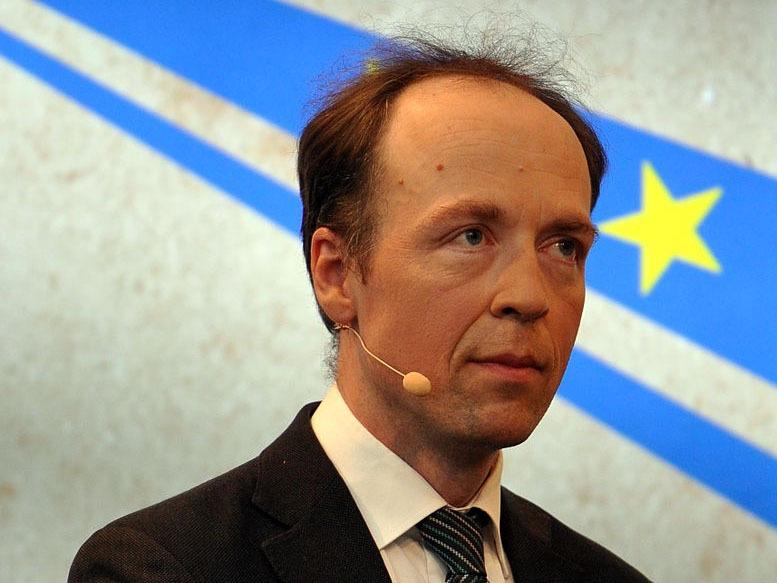Rechte Parteien werden eine Allianz nach der EU-Wahl bilden mit dabei die wahren Finnen