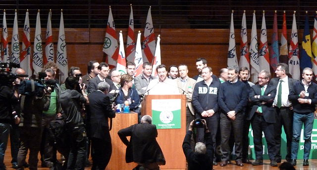 Salvini und seine Lega bei einer Pressekonferenz