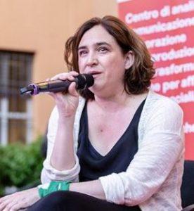 Ada Colau schützt die Wirtschaft in der Smart City Barcelona