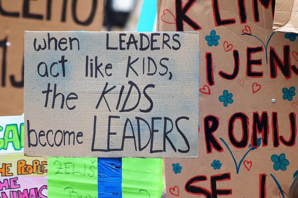 Wenn die Klimapolitik versagt, gehen Jugendliche in Europa auf die Straßen