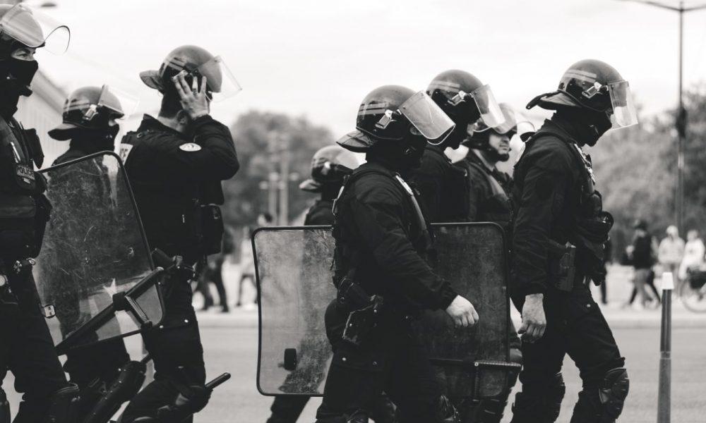 Polizeigewalt Polizei