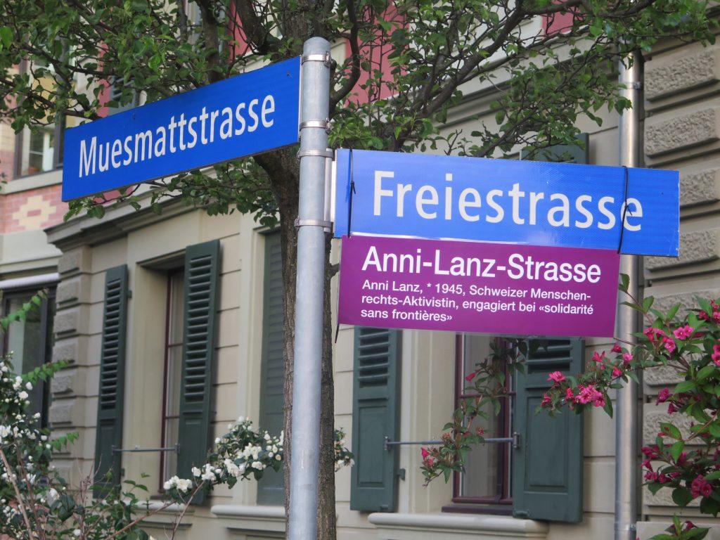 Zum Frauenstreik in der Schweiz bekommen die Straßen Namen von bedeutenden Frauen.