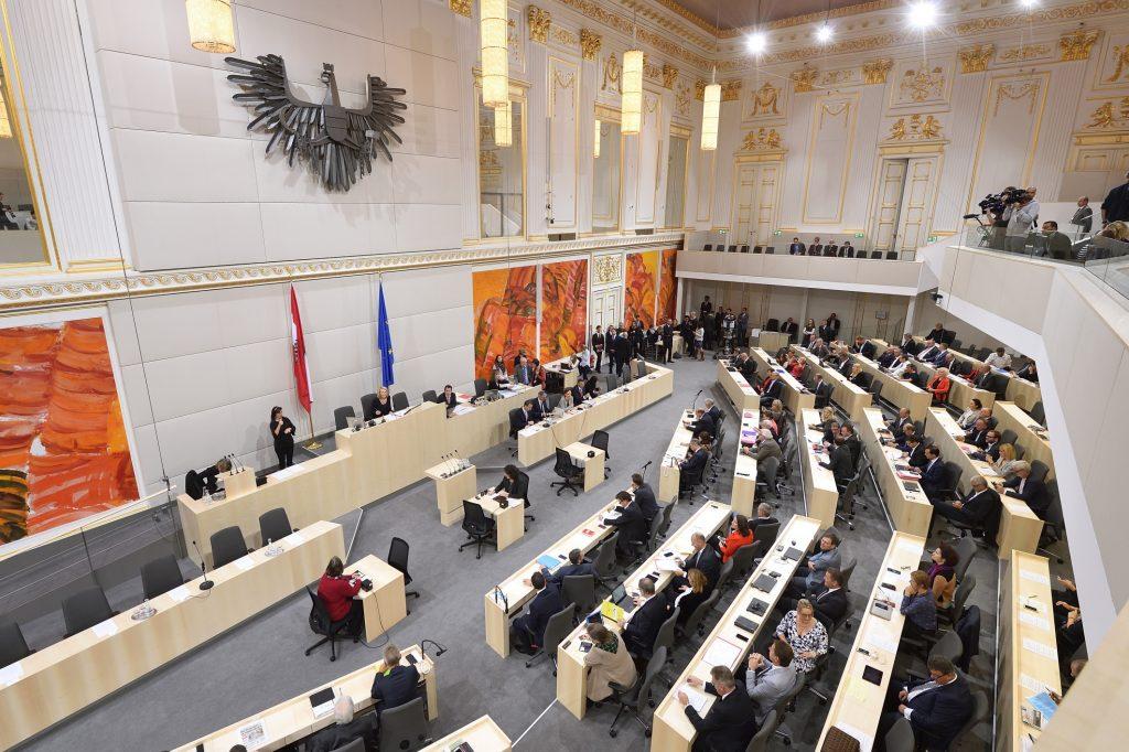 Sebastian Kurz: dringliche Anfrage von SPÖ im Nationalrat