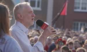 Johnsons Brexit Deal: Corbyn fordert zweites Referendum
