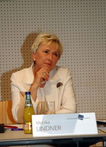 Monika Lindner war Generaldirektorin des ORF. Sie ist trotz kurzer Anstrengungen an die Liste Stronach, der ÖVP zuzuordnen.