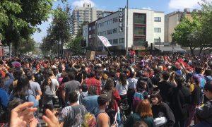 Chile: Konservative Regierung lässt das Militär auf protestierende Jugendliche los