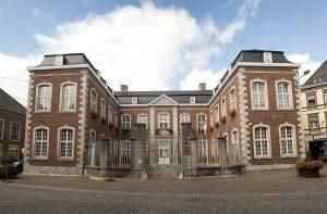 In Eupen in Belgien können Bürger durch einen Bürgerrat direkt mitbestimmen. Das Foto zeigt den Regierungssitz der deutschsprachigenn Gemeinschaft in Eupen.