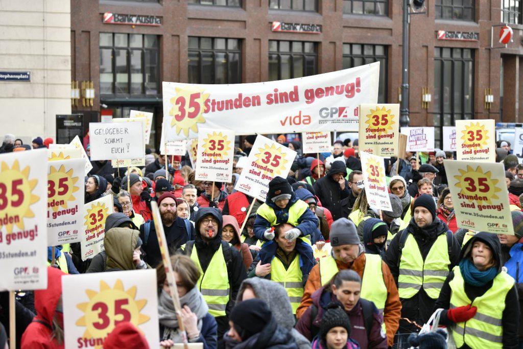 Harald Mahrer (WKO) ist gegen 35-Stunden-Woche und Streikende in der Pressestunde
