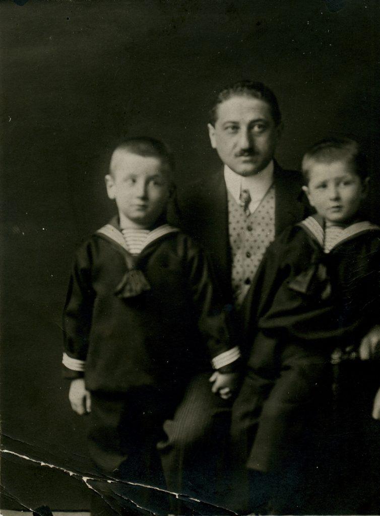 Vater Max Kreisky und die Söhne Paul und Bruno