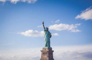 US-Milliardäre Reichsten reicher Corona-Krise Ungleichheit USA Armut keine Versicherung