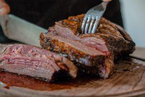 Fleisch Fleischproduktion Österreich Fleischüberproduktion teuer Klima Kosten Flächenverbrauch