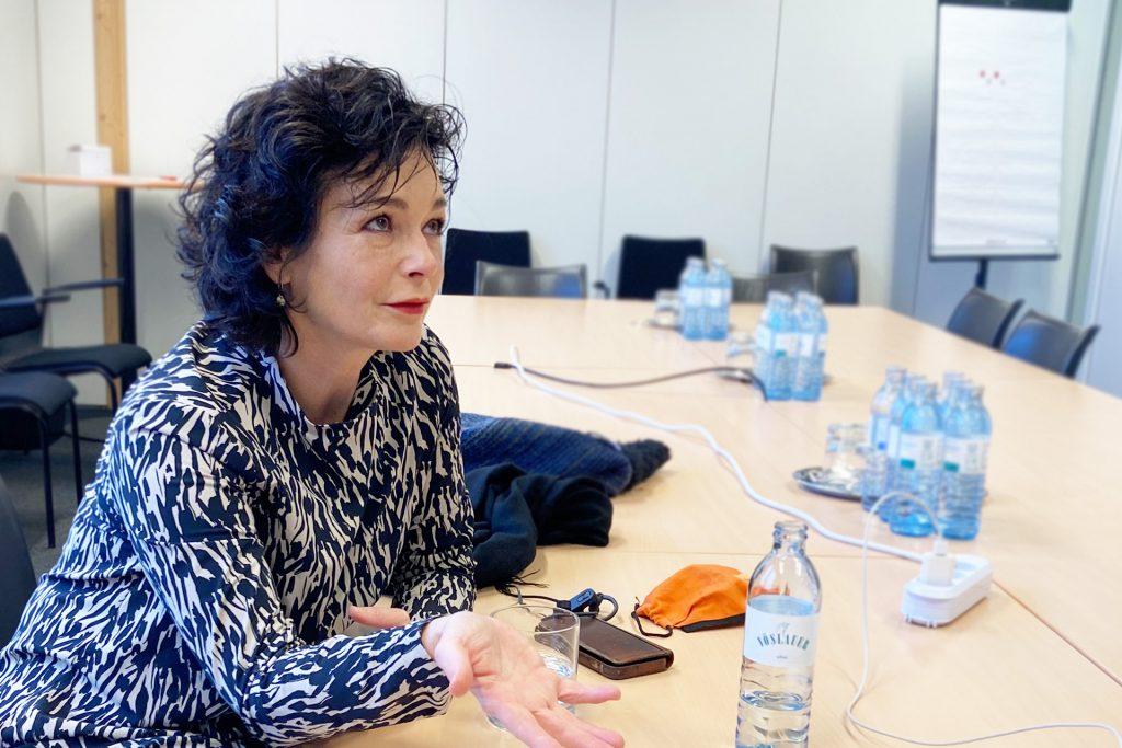 Katharina Stemberger engagiert sich für Flüchtlinge mit Courage und Integrationshaus