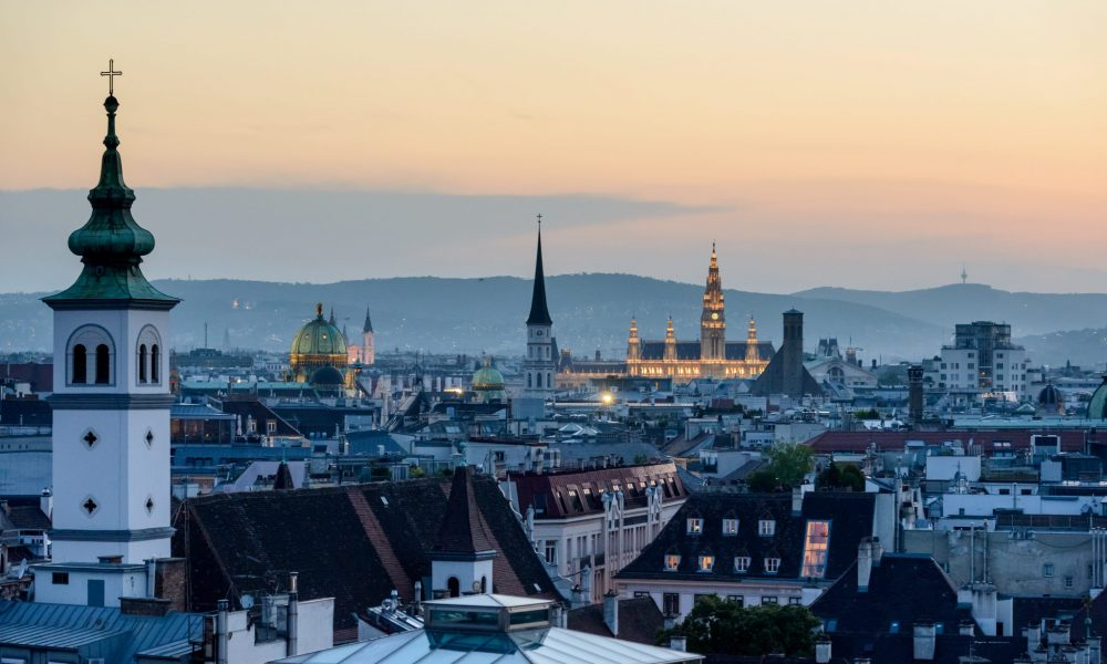 Wien - Photo by Jacek Dylag on Unsplash