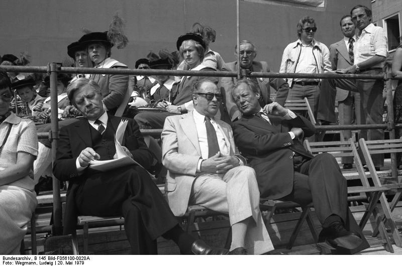 Willy Brandt Biographie Kniefall Friedensnobelpreis Todesursache