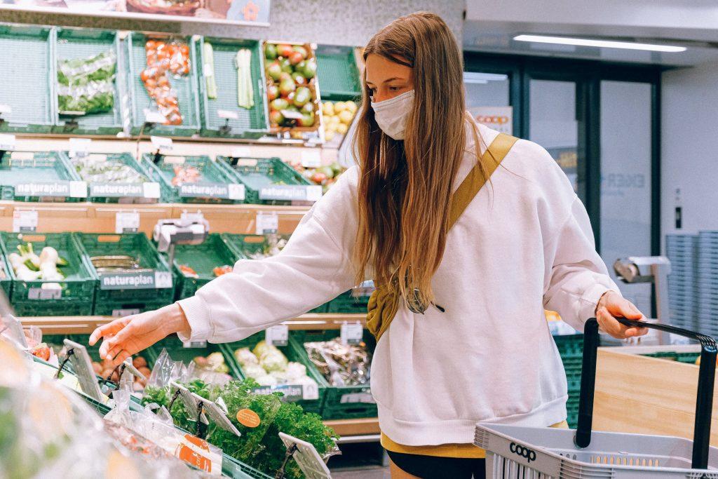 förderungen für landwirte auch im supermarkt für konsumentin spürbar