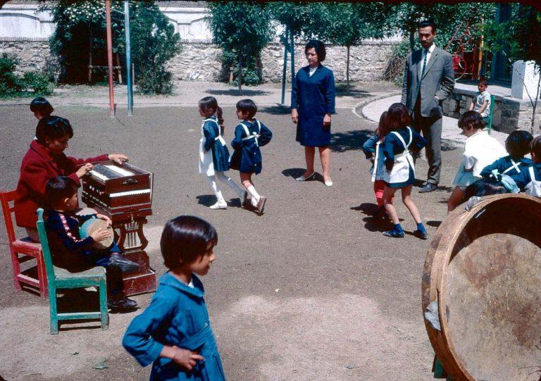 Kindergarten in Afghanistan 1967 (Foto: Bill Podlich)